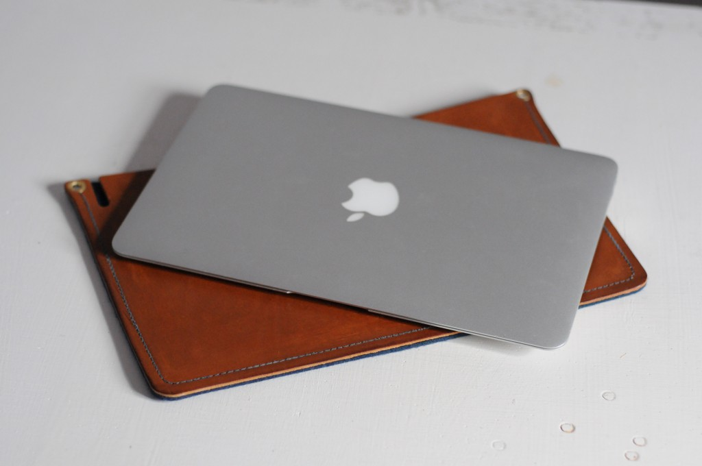 LAPTOP SLEEVE – OUR LATEST PROJECT